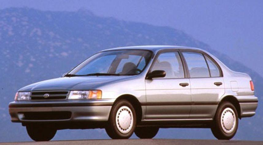 Main photo of Sammy Lai's 1993 Toyota Tercel