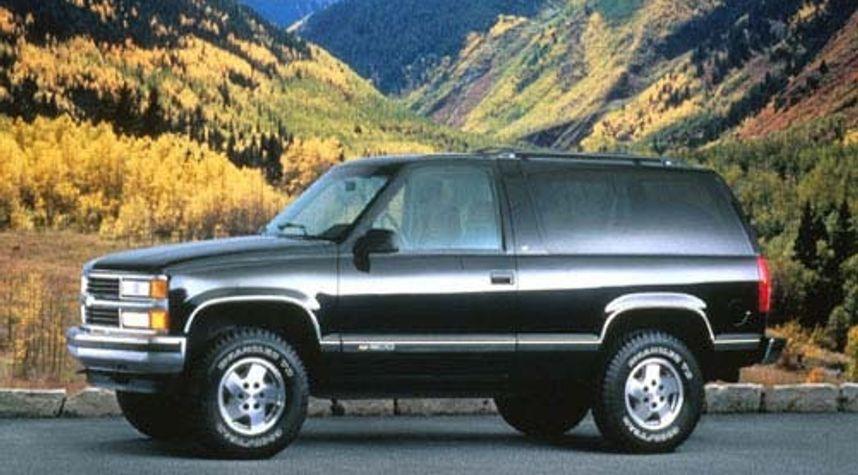 Main photo of Brandon Stoll's 1995 Chevrolet Tahoe