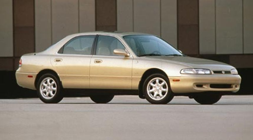 Main photo of Carrie Patino's 1995 Mazda 626