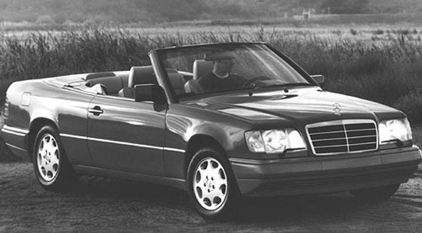 Main photo of Nickless Jaspar Jonathan's 1995 Mercedes-Benz E-Class