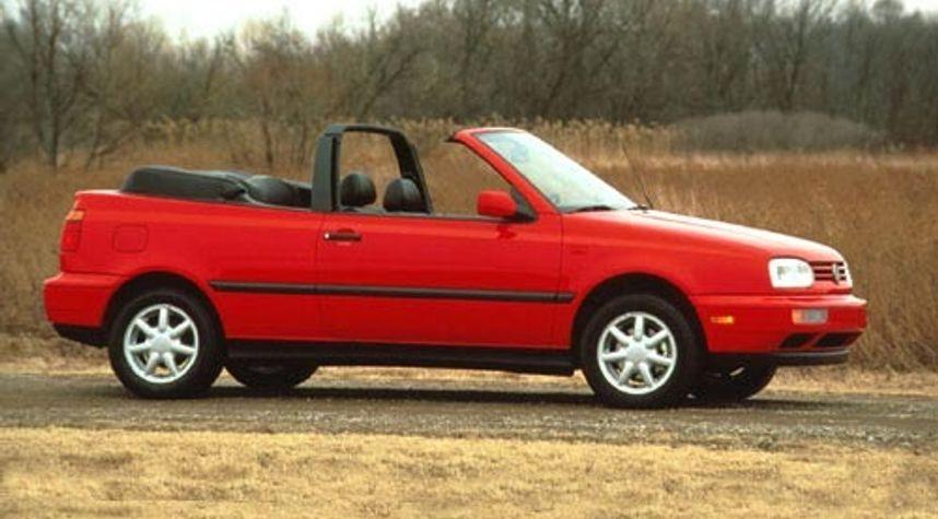 Main photo of Danny Fattal's 1995 Volkswagen Cabrio