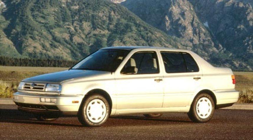 Main photo of MaxTheSpy Official's 1995 Volkswagen Jetta