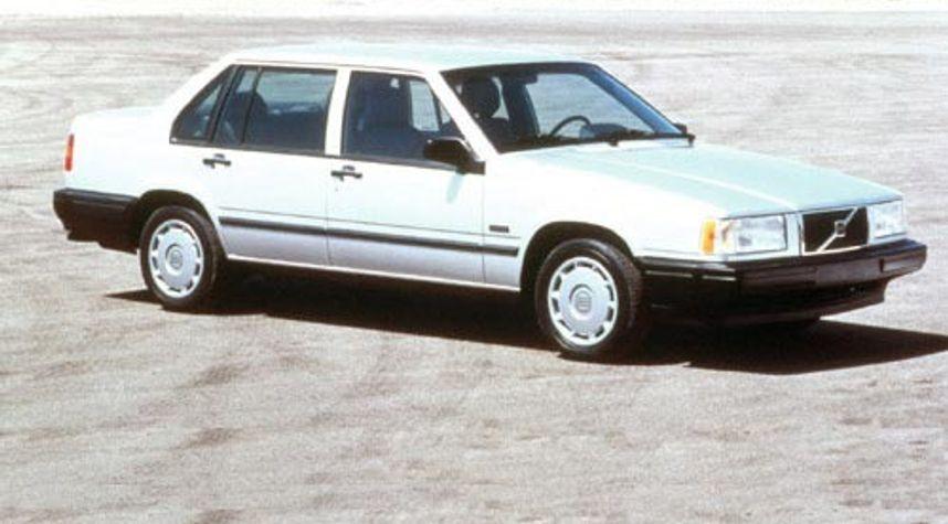Main photo of Timothy Chanwaihao's 1995 Volvo 940