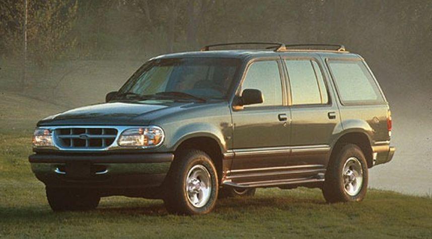 Main photo of Michael Jack's 1996 Ford Explorer