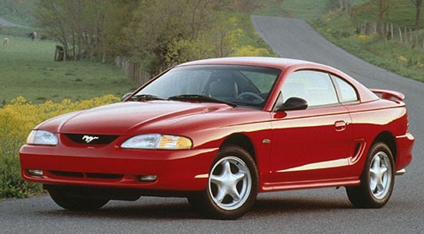 Main photo of Will Black's 1996 Ford Mustang
