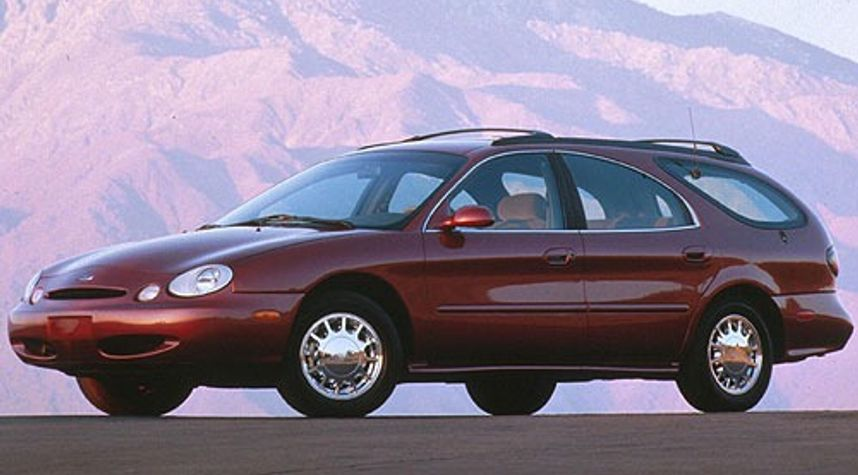Main photo of Eric Sssss's 1996 Ford Taurus