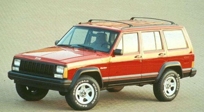 Main photo of Mat G's 1996 Jeep Cherokee