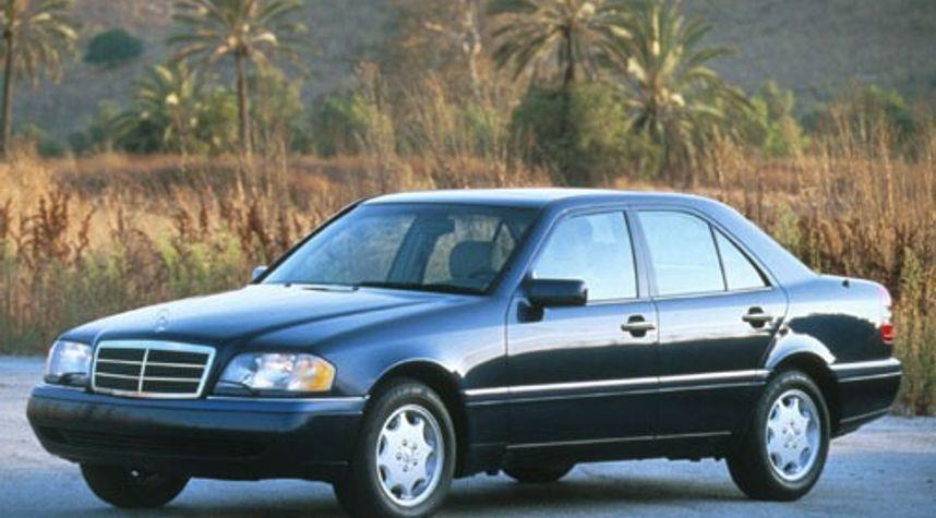 Main photo of Evan Jones's 1996 Mercedes-Benz C-Class