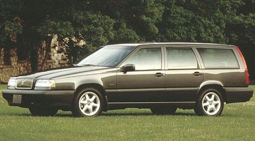 Main photo of Marc Rivas's 1996 Volvo 850