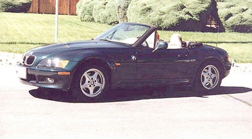 Main photo of Doug Pihlaja's 1997 BMW Z3