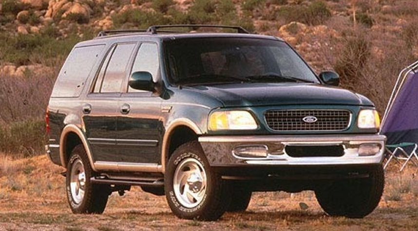 Main photo of Cole Zarecki's 1998 Ford Expedition