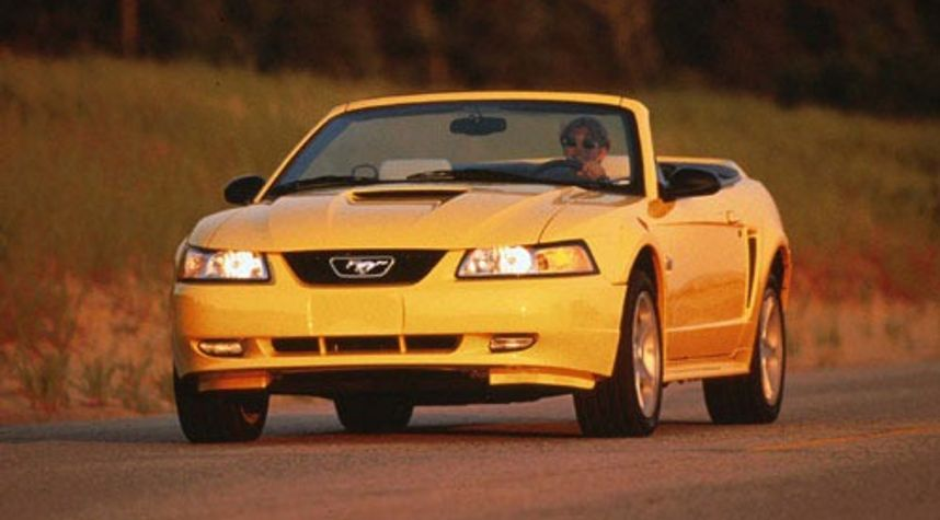 Main photo of Jackson Underwood's 1998 Ford Mustang