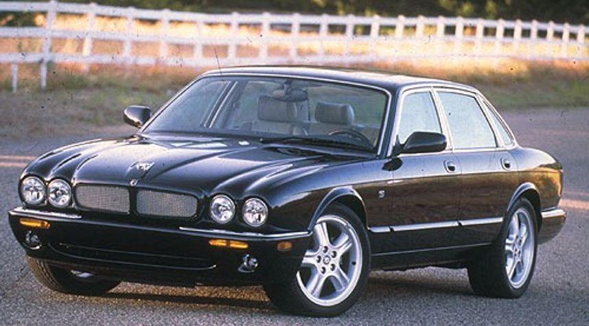 Main photo of Connor McKinney's 1998 Jaguar XJR