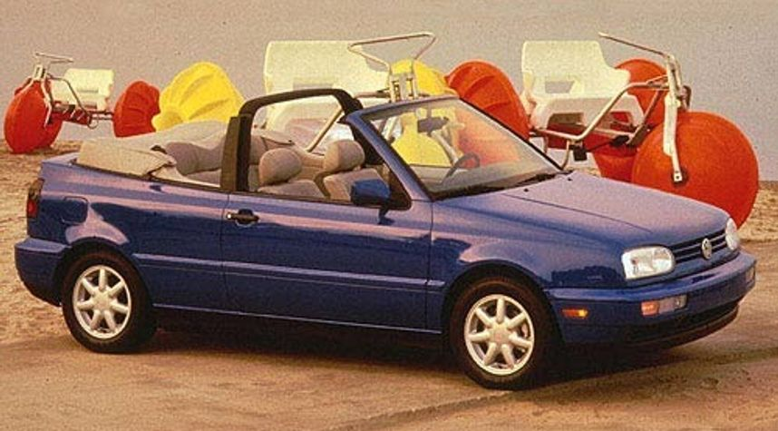 Main photo of Javier Lopez's 1998 Volkswagen Cabrio
