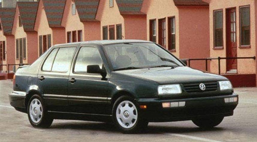 Main photo of Christian Bonilla Lindenmann's 1998 Volkswagen Jetta
