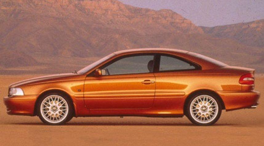 Main photo of Zach Millard's 1998 Volvo C70