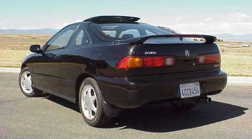 Main photo of Kasaan Smith's 1999 Acura Integra