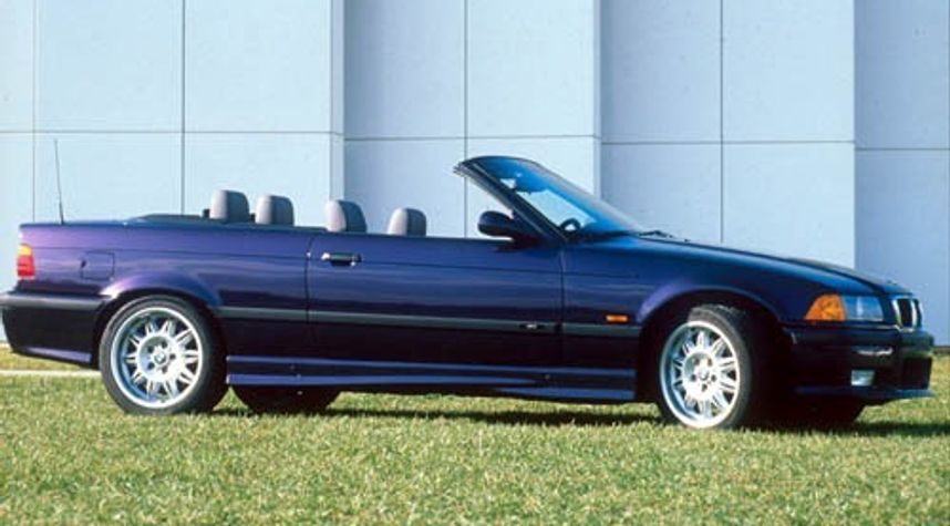 Main photo of Levi McAdams's 1999 BMW M3