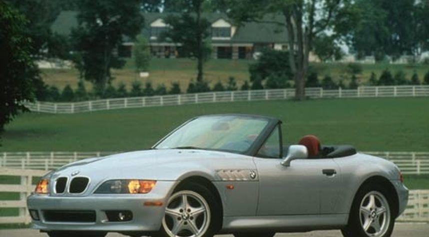 Main photo of Adam Hola's 1999 BMW Z3