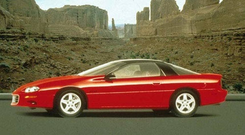 Main photo of Brandon Rixstine's 1999 Chevrolet Camaro
