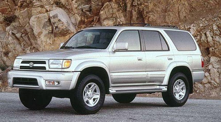 Main photo of Tuan Vo's 1999 Toyota 4Runner