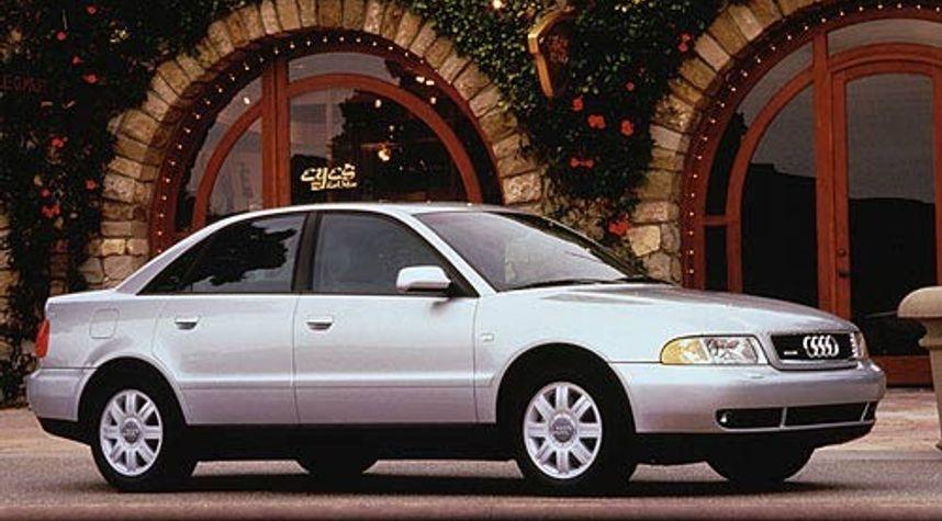 Main photo of Jesse Valdez's 2000 Audi A4