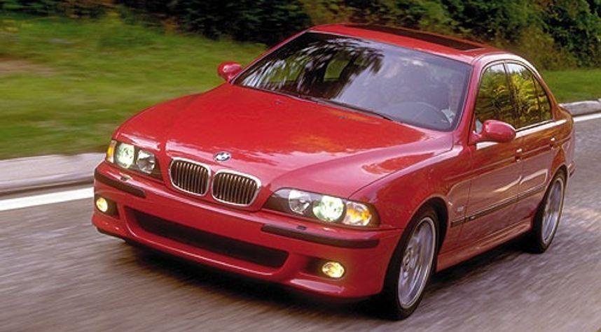 Main photo of Paul Boanton's 2000 BMW M5