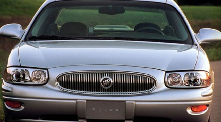 Main photo of Javarris Robinson's 2000 Buick LeSabre