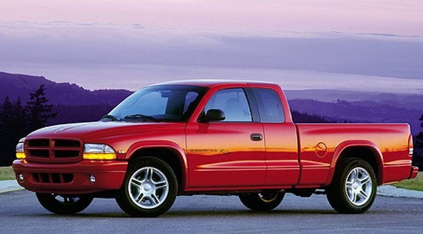 Main photo of Matt Miller's 2000 Dodge Dakota