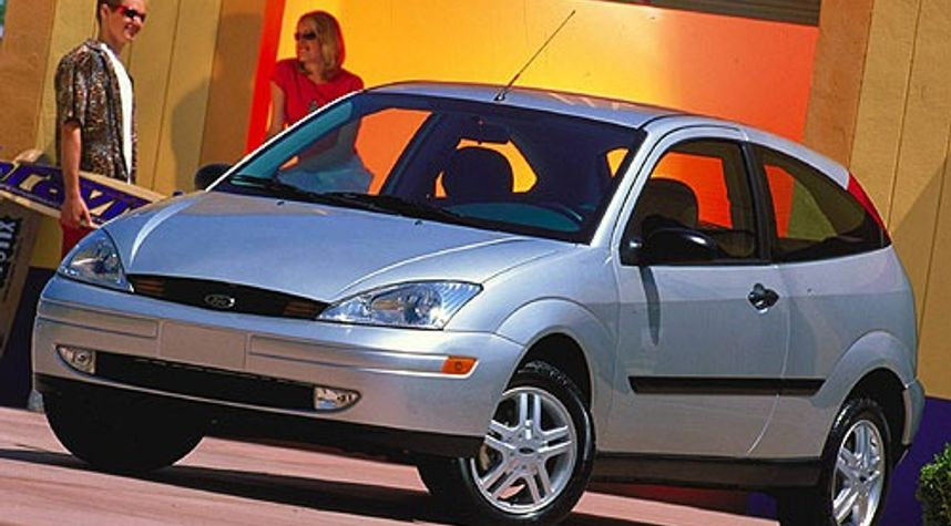 Main photo of Josh Buck's 2000 Ford Focus