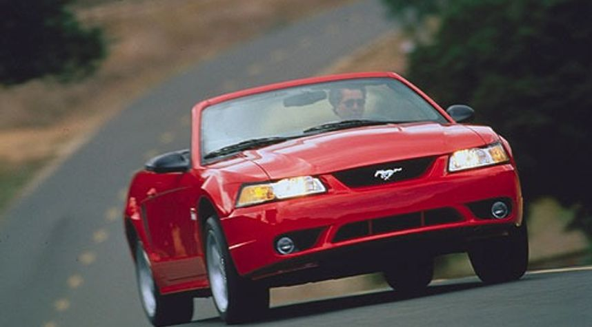 Main photo of Beau Smith's 2000 Ford Mustang