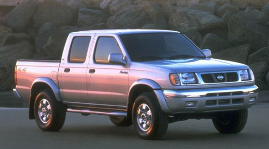 Main photo of Jesus Contreras's 2000 Nissan Frontier