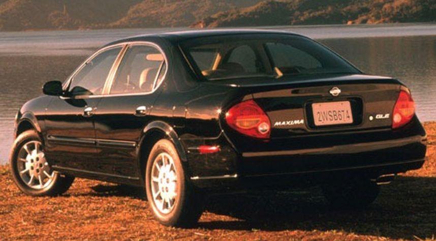 Main photo of James Johnston's 2000 Nissan Maxima