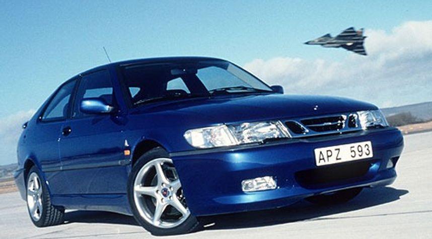 Main photo of Freddy Ortega's 2000 Saab 9-3