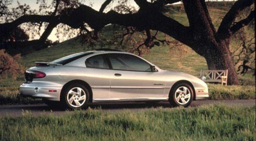 Main photo of Steve Ort's 2001 Pontiac Sunfire