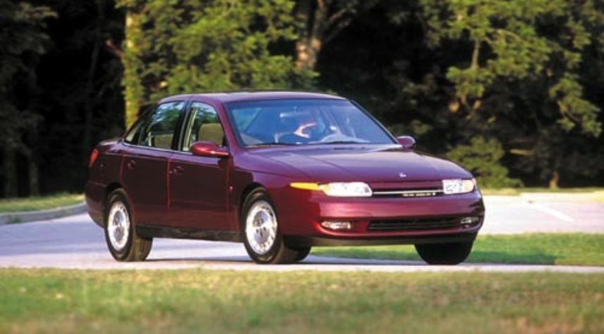Main photo of Bobby Craven's 2001 Saturn L-Series