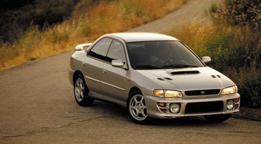 Main photo of Mayooran Wigneshwaran's 2001 Subaru Impreza