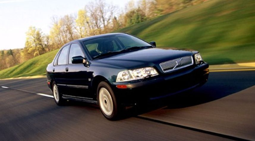 Main photo of Donald Joseph's 2001 Volvo S40