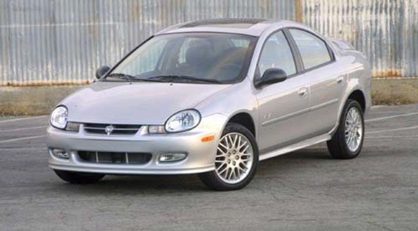 Main photo of Terrance Thomas's 2002 Dodge Neon