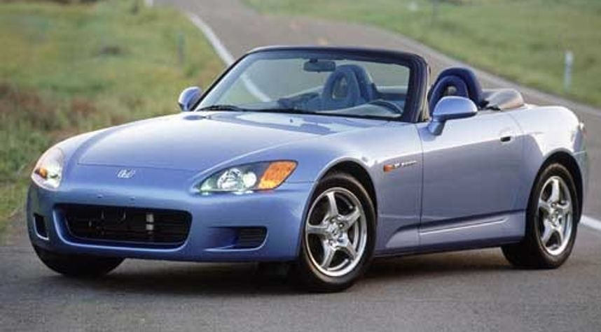Main photo of Kirsty Wright's 2002 Honda S2000