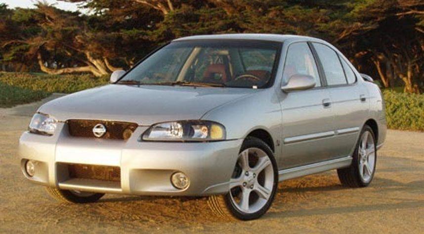 Main photo of Kyle Armendaris's 2002 Nissan Sentra