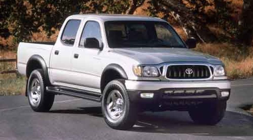 Main photo of Wyatt Nesom's 2002 Toyota Tacoma
