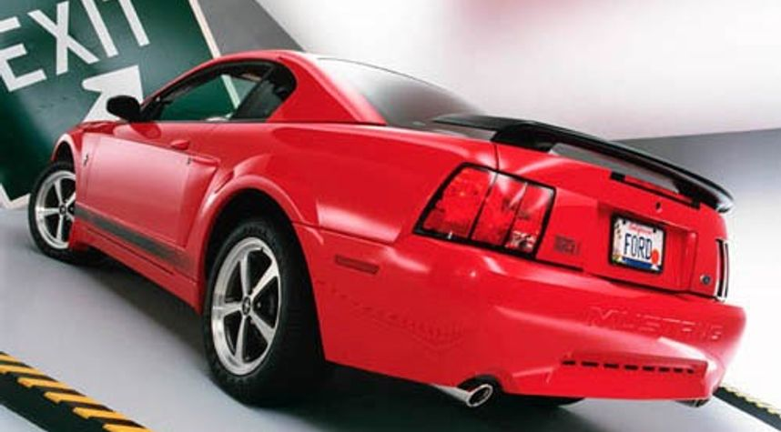 Main photo of Justin Elkins's 2003 Ford Mustang