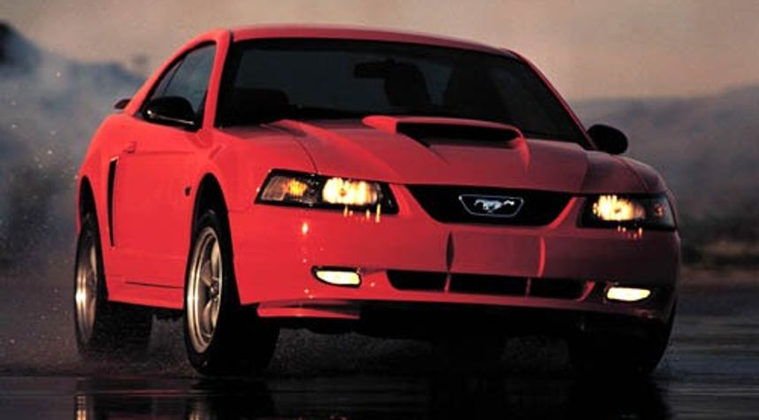 Main photo of Cameron Campbell's 2003 Ford Mustang