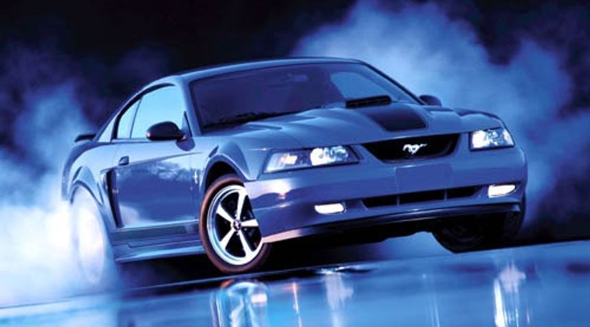 Main photo of Sean Hyde's 2003 Ford Mustang