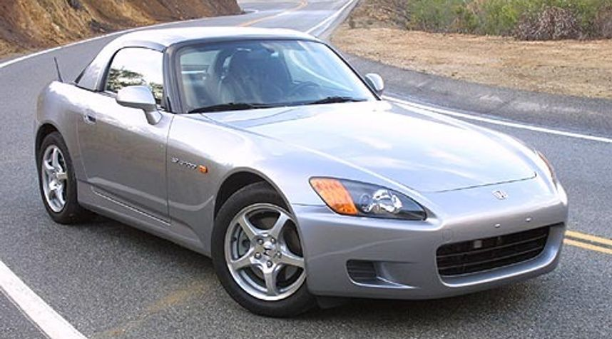Main photo of Joe Zhang's 2003 Honda S2000
