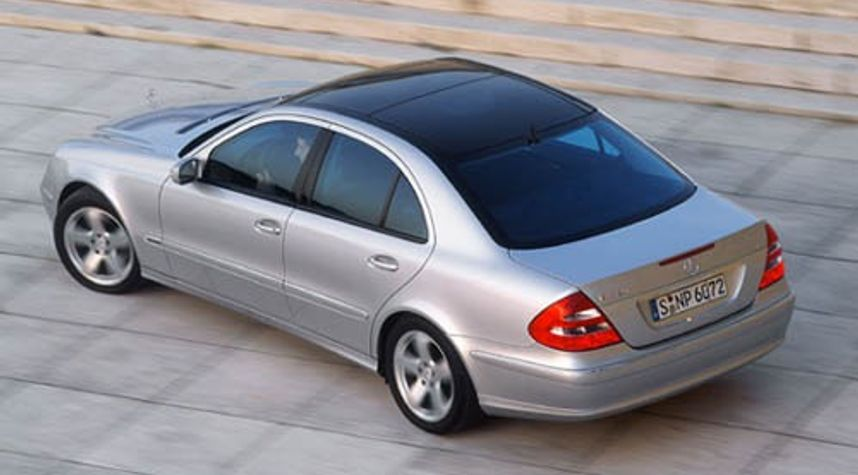 Main photo of Tendai 'madaz''s 2003 Mercedes-Benz E-Class