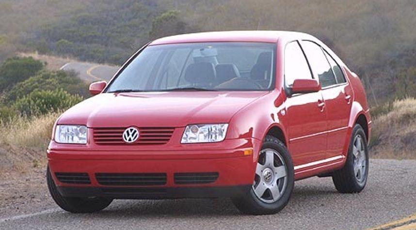 Main photo of Joey Dalager's 2003 Volkswagen Jetta