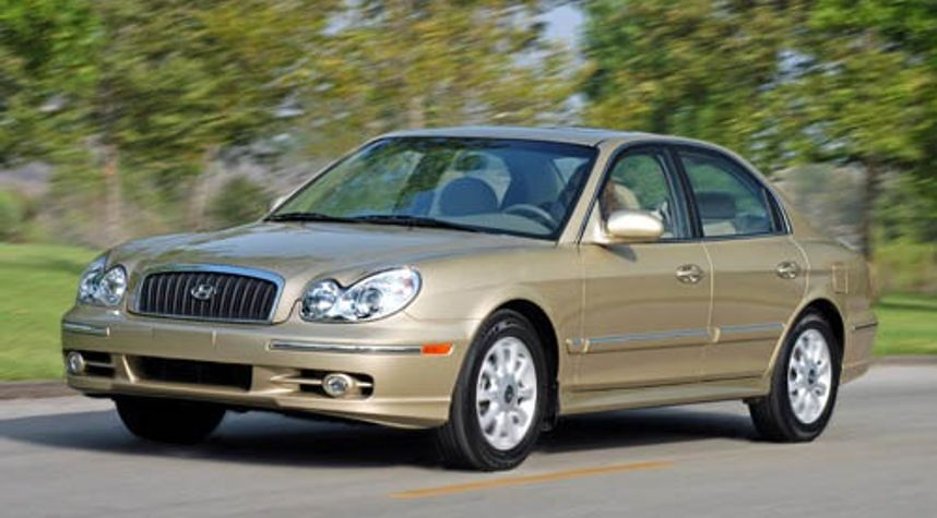 Main photo of VICTOR MATTISON's 2004 Hyundai Sonata