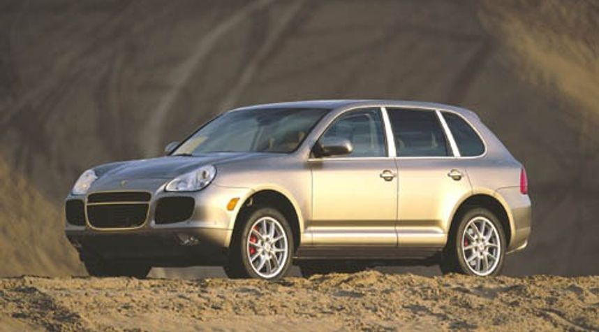 Main photo of William Baker's 2004 Porsche Cayenne